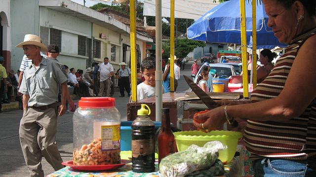 cheap eats in el salvador street food