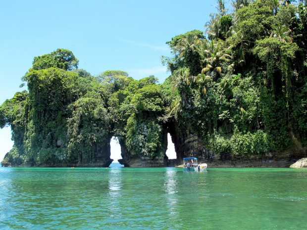 Bocas del Toro  via Celine