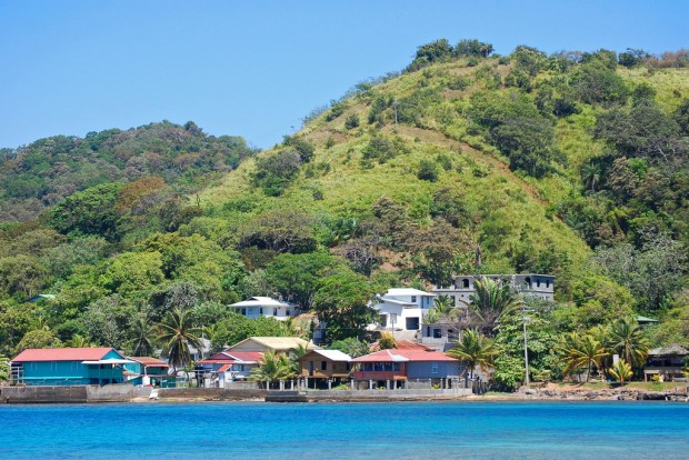 Boca Chica vs Roatan Why Island Life Is Better in Panama