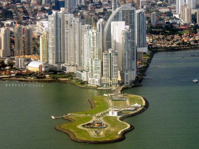guide to panama city